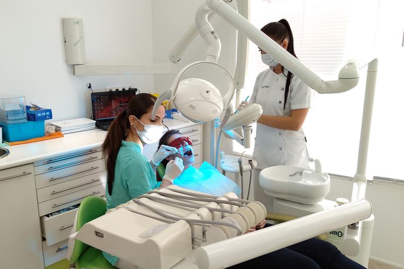 Tratamientos dentales Fuengirola Clínica Dental Rovaletti